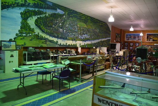 Local attraction & place in wentworth motel